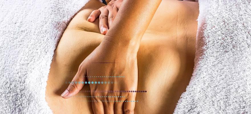 Masaje en la barriga